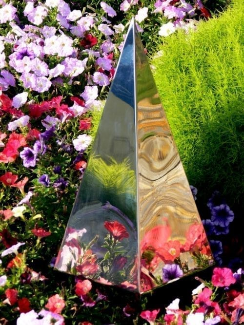 Garden Memorial Sculptures: Diamond