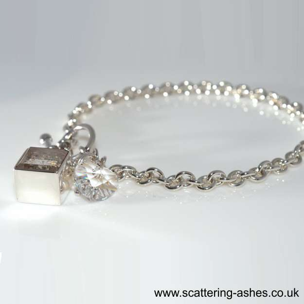 bracelet swarovski collection 2012