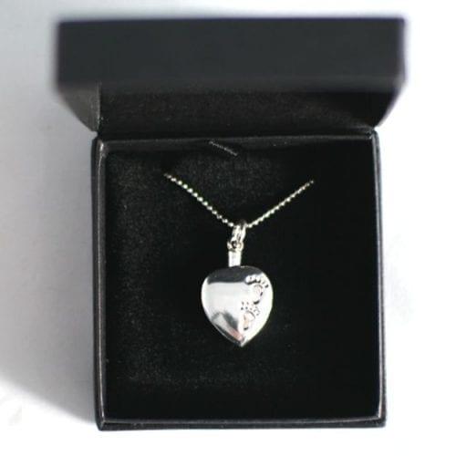 memorial jewellery silver foorprints heart