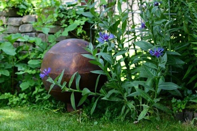 Garden Memorial Waterurn  Bronze garden urn , Scattering Ashes
