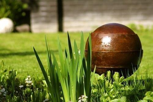 Garden Memorial Waterurn : Tuscany urns