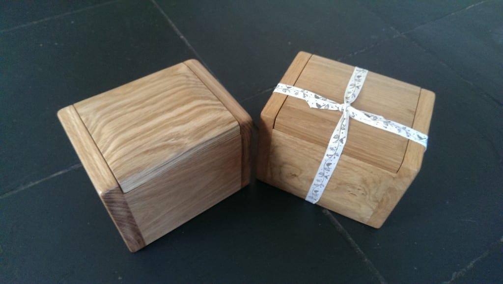 ashes keepsake urns cremation