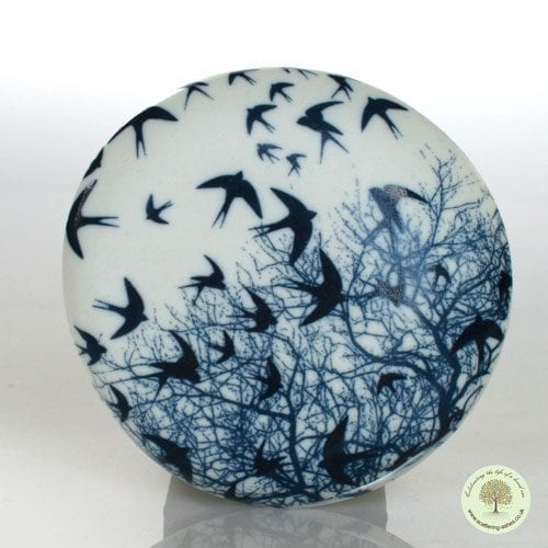 Ceramic Comfort Pebble - Swallow